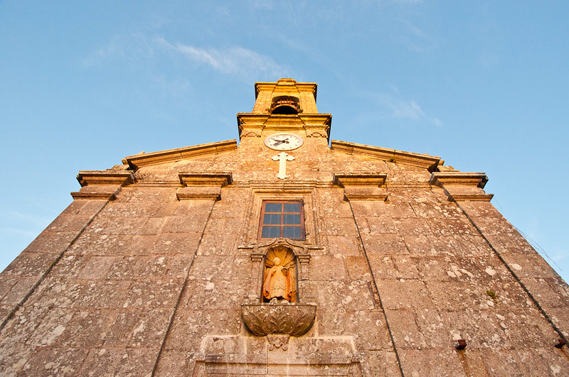 La iglesia de San Martiño de Cores