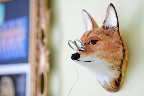Foxy String Dispenser