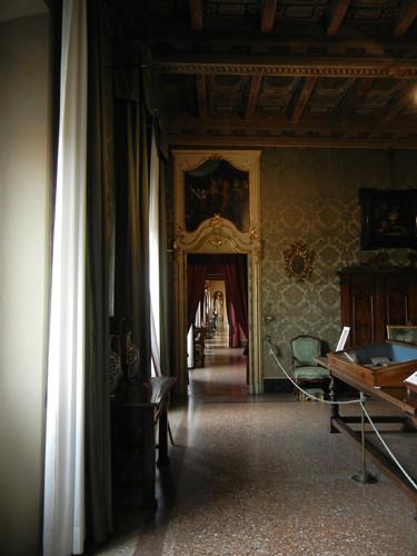 DSCN4744 _ Palazzo D'Accursio (Palazzo Comunale), Bologna, 18 October