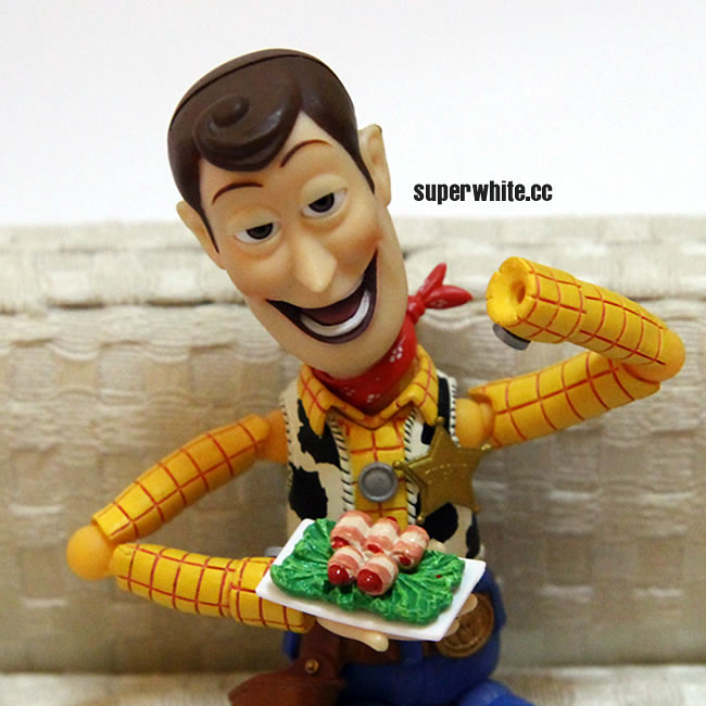 Woody's fingers is ready to serve