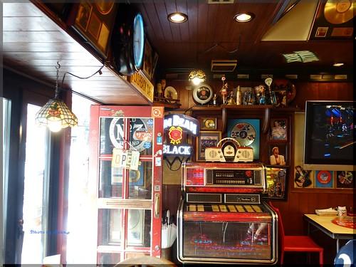 Photo:2016-08-13_ハンバーガーログブック_浜スタに行ったら寄ってみて【横浜】Flash Back Cafe_01 By:logtaka