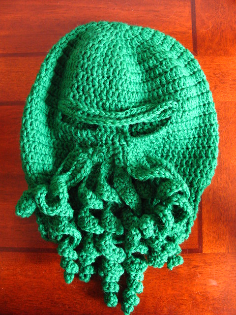 Fluid Motion Crochet Cthulhu Mask