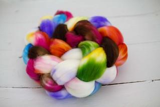 'ellie's rainbow' SW Merino fiber 4oz
