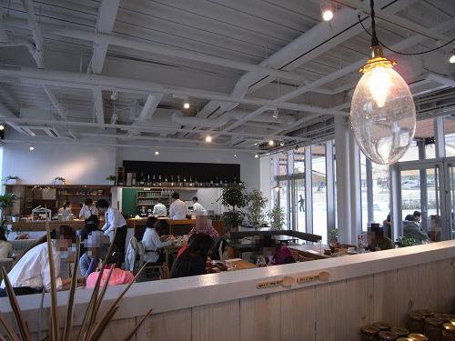 『Cafe +f(カフェ プリュス・エフ)』@馬見丘陵公園-03
