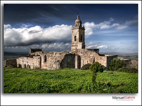 Iglesia de Santa María La Coronada by galvin2008