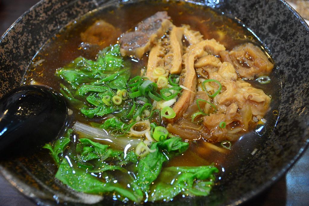 鈜景牛肉 - 牛三寶麵