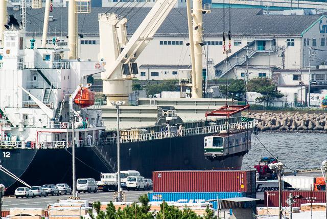 東京メトロ千代田線6000系 6111F 6113F 船積み