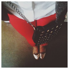 leaving my apartment for the first time in 5 days. #vscocam #redpants #fromwhereistand
