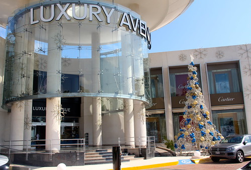 Shopping Luxury Avenue