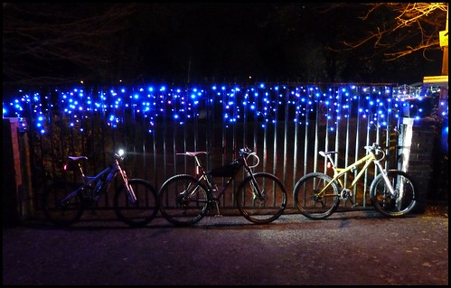 lights 1 by rOcKeTdOgUk