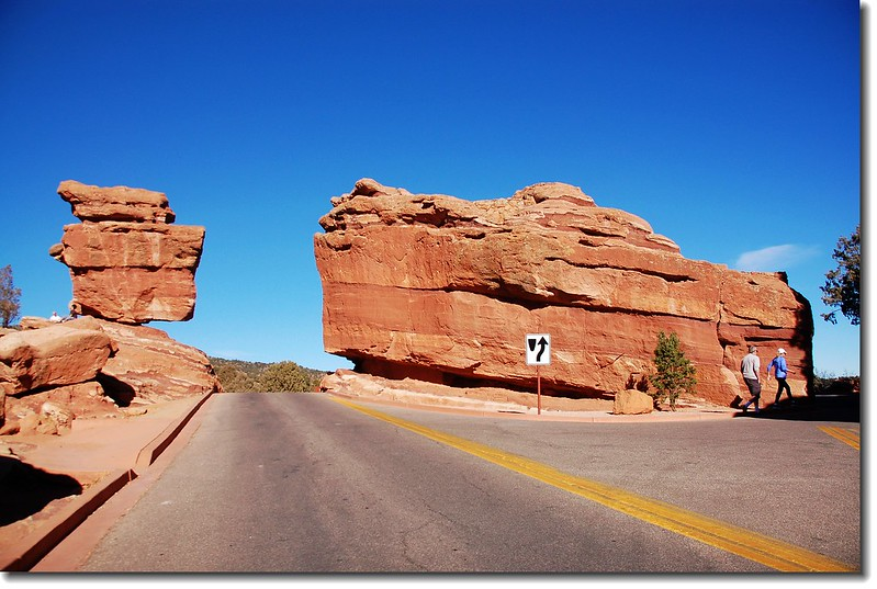 Balanced Rock(L) & Steamboat Rock(R)