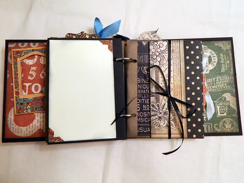 Graphic 45 'Olde Curiosity Shoppe' Mini Book