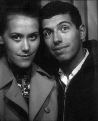 196712 - Mom & Dad - newlyweds photobooth - Alexandria - (b&w)