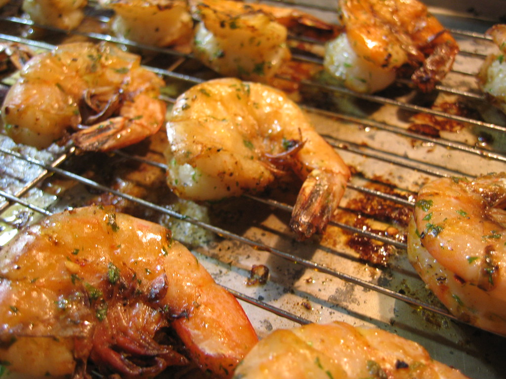 broiled shrimp w/ shell on