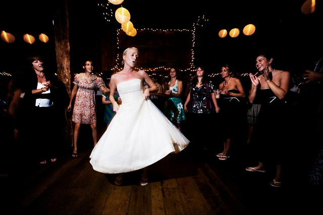 BARN_DANCING_23
