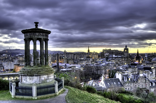 Edinburgh, Scotland - Flickr CC Francisco Diez