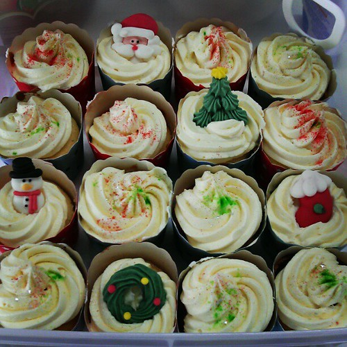 My Limoncello cupcakes for our work xmas party at @stamfordUX