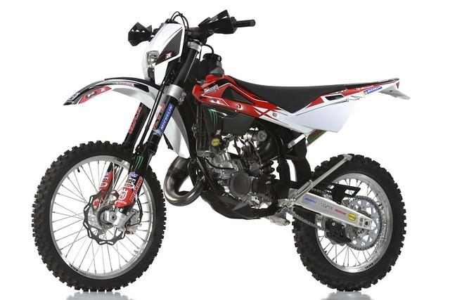 Husqvarna ofrece un kit Racing para su gama de Enduro y Motocross ...
