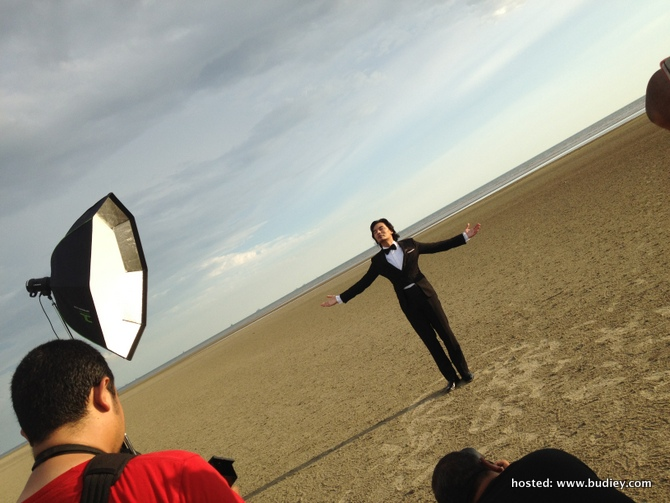 Anuar Zain Poster Behind The Scenes