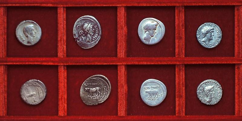 RRC 525 TI.GRACCHVS Octavian Sempronia, RRC 526 VITVLVS Octavian Voconia, RRC 528 M.ANT CAESAR Antony Octavian, Ahala collection Roman Republic