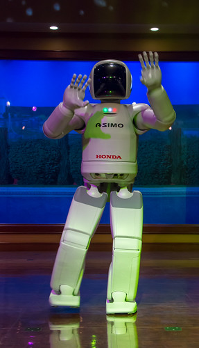 Machines Replacing People with New Robotic Technology