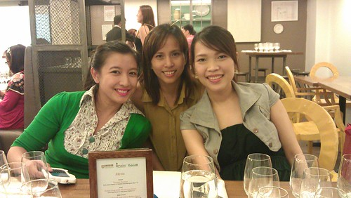 with my fave bloggers Hannah and Nikki