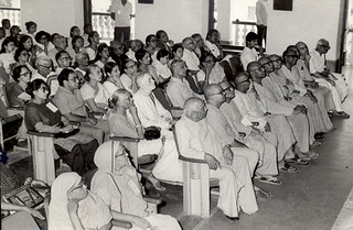 Ramakrishna Mission, Delhi - late 1970s - Gathered audience