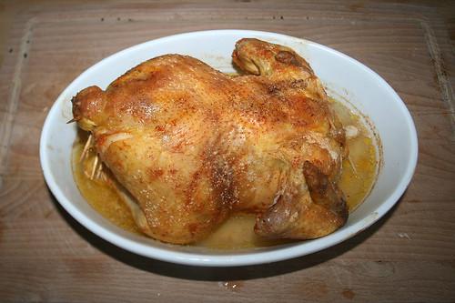 46 - Hähnchen aus dem Ofen entnehmen / Take chicken from oven