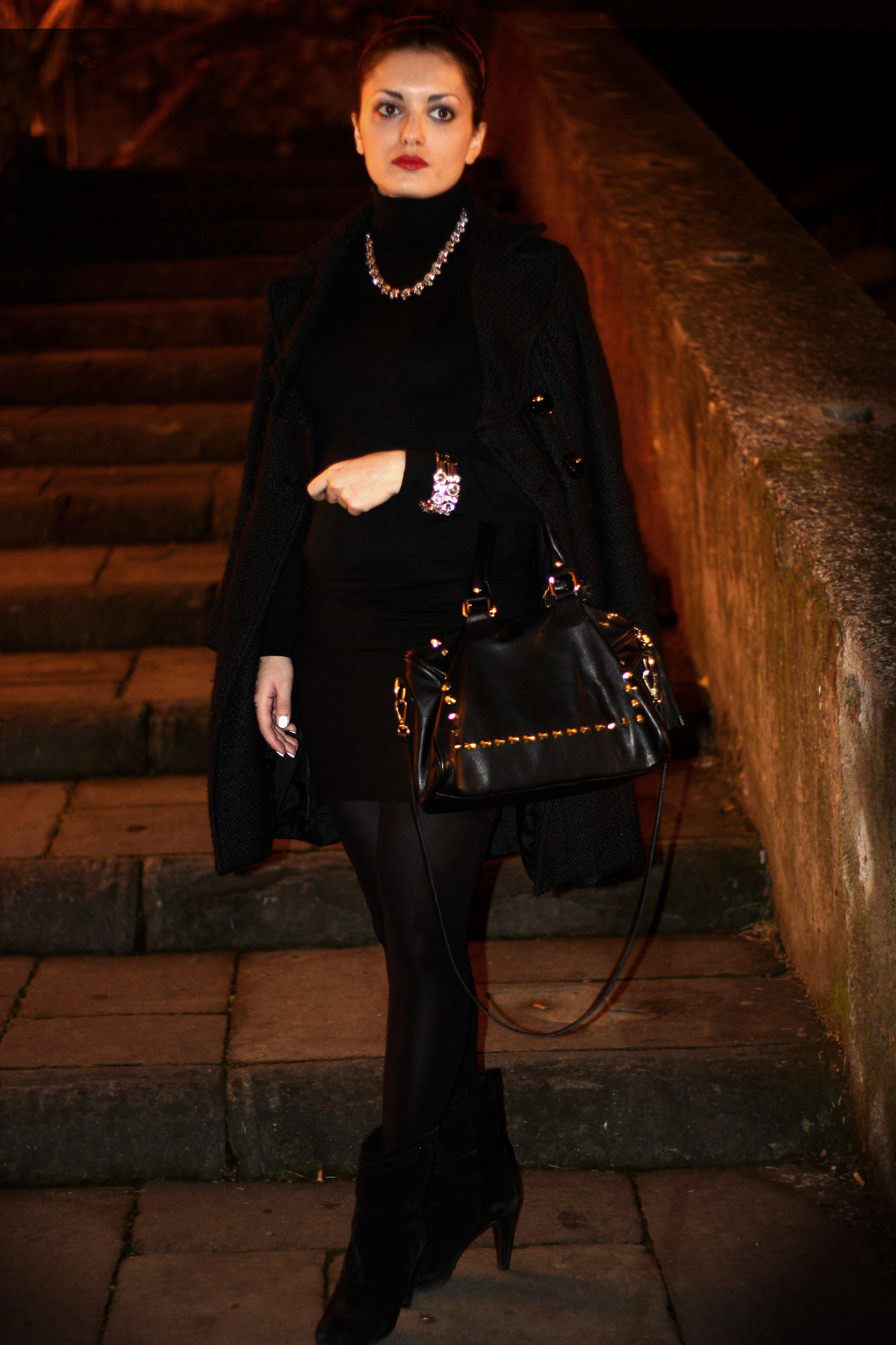 chic in black - fashion blog
