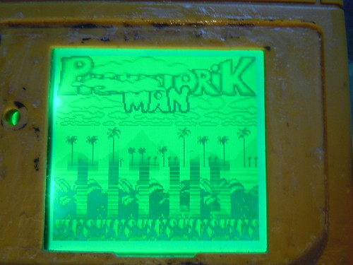 Prehistorik Man on DMG Gameboy with green backlight