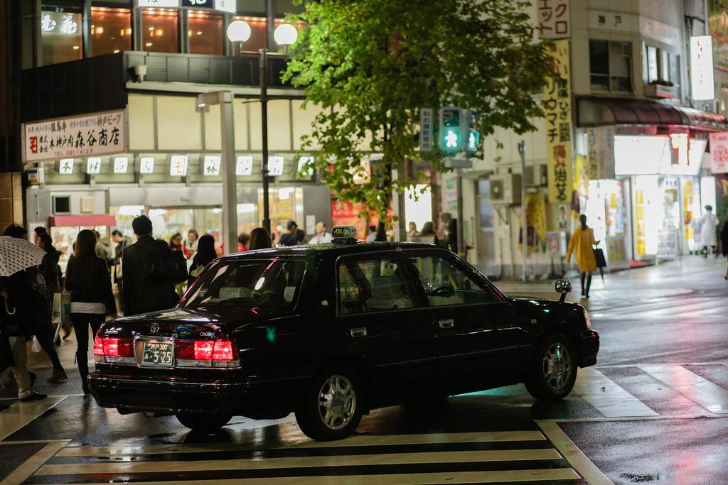 Sannomiyacho 1 Chome, Kobe-shi, Chuo-ku, Hyogo Prefecture, Japan, 0.013 sec (1/80), f/2.5, 85 mm, EF85mm f/1.8 USM