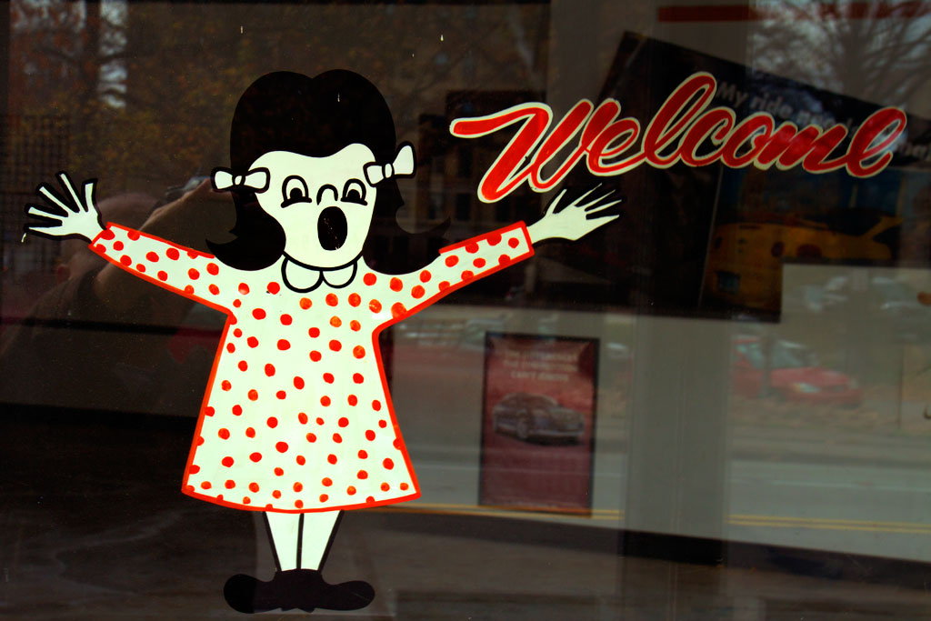 Welcoming-figure--Pittsburgh