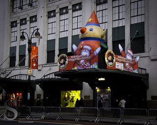 NYC Festive decorations Macys-6705