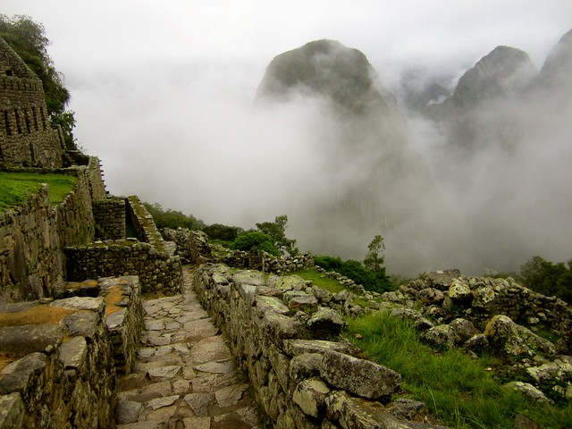 machu picchu clouds clearing