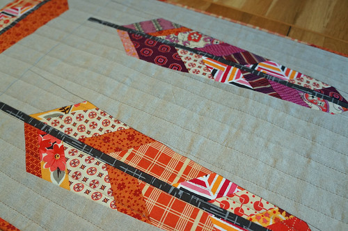 Feather-table-runner-detail