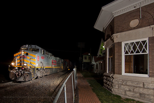 CSX Q107 at the Marion Union Station