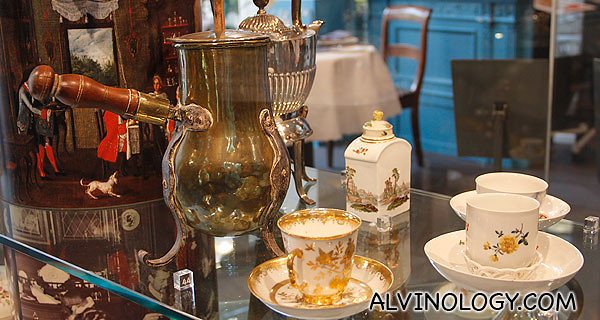 Assorted vintage tea cups