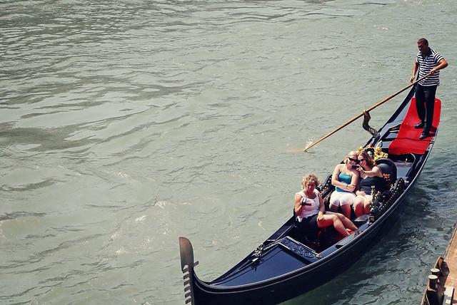 gondola, travelex