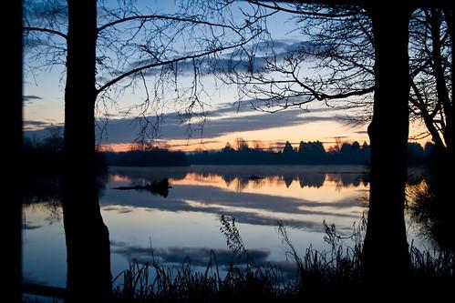 winter lake sunrise cirencesteruk orientationlandscape