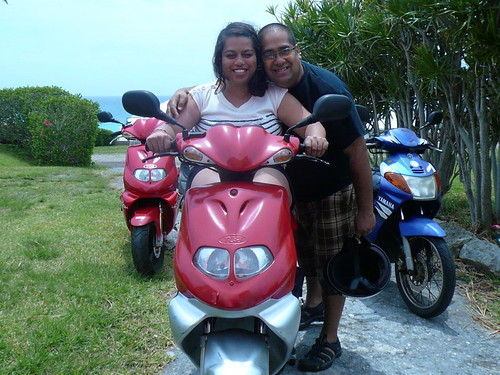 tips for renting a scooter in Bermuda