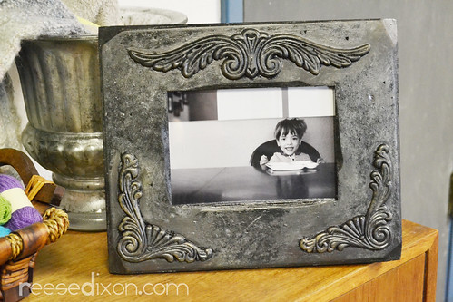 Antiqued Picture Frame Tutorial