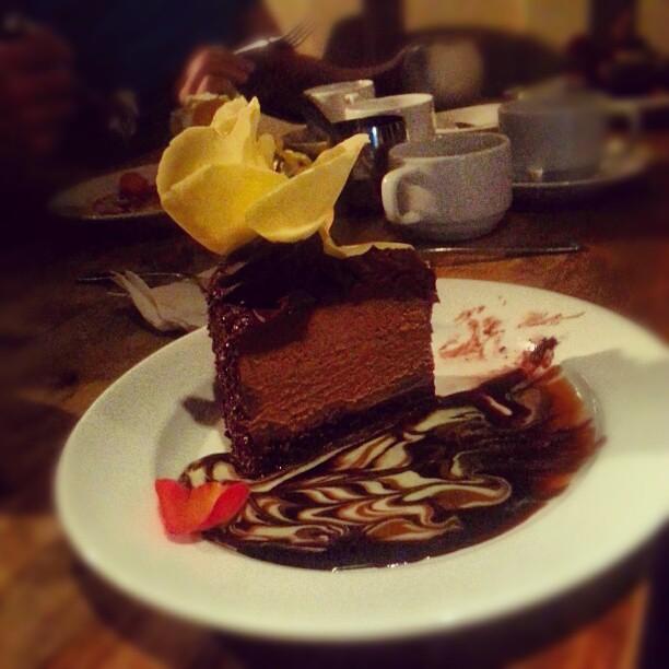 au chocolat dessert i shared w vodkajay was so rich yet tasty flickr photo