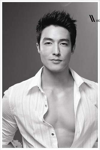Daniel Henney, shirtless