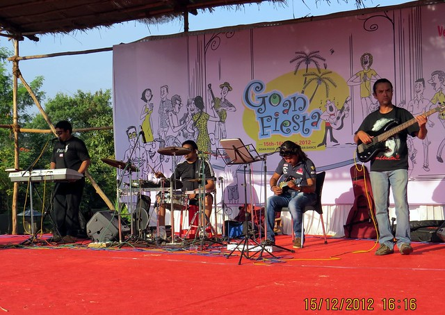 Live Band at Mont Vert Vesta, Urawade Pirangut, Goan Fiesta 15th & 16th December 2012