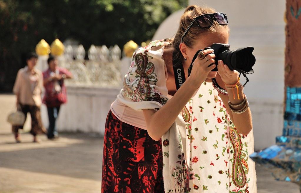 La Femme Canon- Photo  louis.foecy.fr sur Flickr - Licence Creative Commons