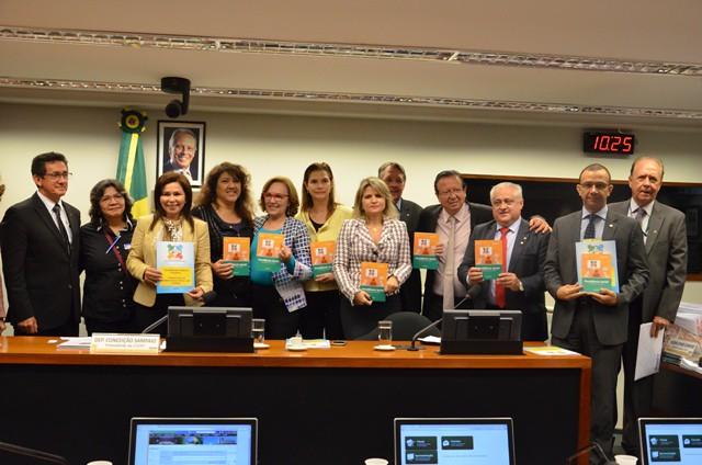 Auditores Fiscais da Receita Federal lançam cartilha na Câmara Federal - Créditos: Ludmila Machado/Anfip