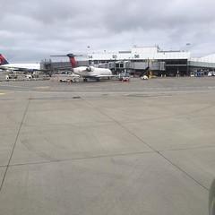 Take 2: United flight UA419 SEA - IAD