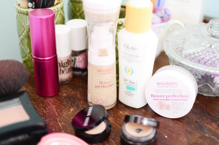 pale skin makeup 1