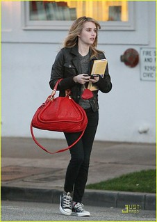 Emma Roberts Converse Celebrity Style Women's Fashion