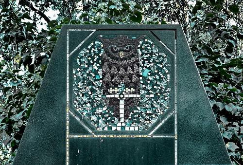 Owl ~ Eule - Jugendstil Grave - Zentralfriedhof Wien, Alte Jüdische Abteilung by hedbavny
